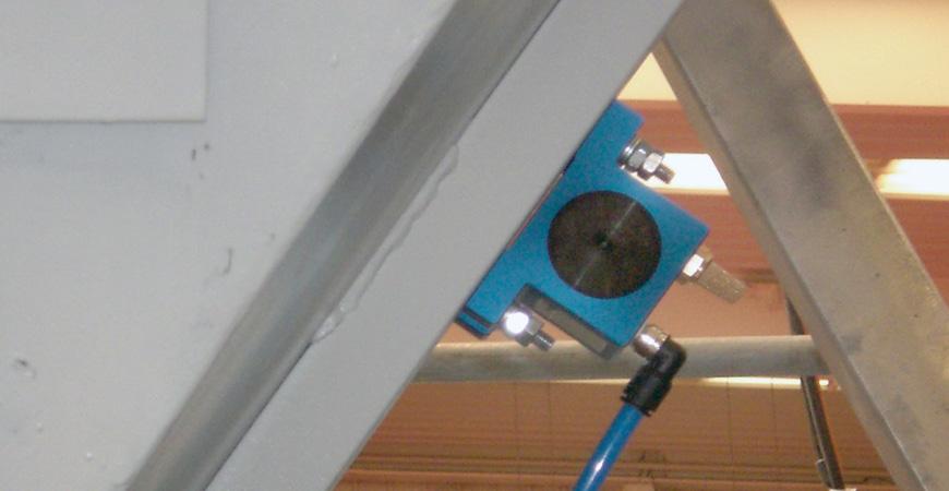 montaż wibratorów pneumatycznych